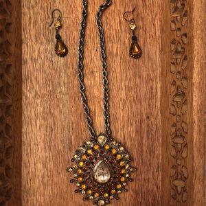 Faux Amber necklace & drop earrings